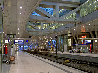 Frankfurt Airport long-distance station - On the platforms