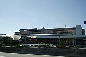 Flughafengebäude Aeroport International De Geneve.JPG