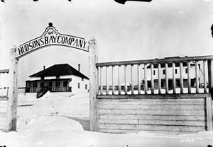 Fort Chipewyan - Fort Chipewyan HBC post in 1900