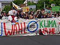 Front of the FridaysForFuture protest Berlin 24-05-2019 107.jpg