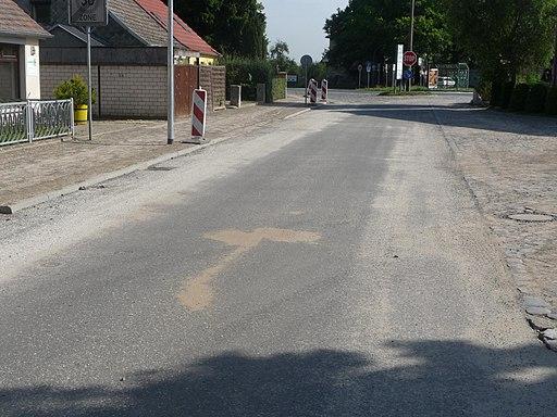 Güterfelder Straße am Hotel Hammer Ruhlsdorf nach Rekonstruktion - panoramio
