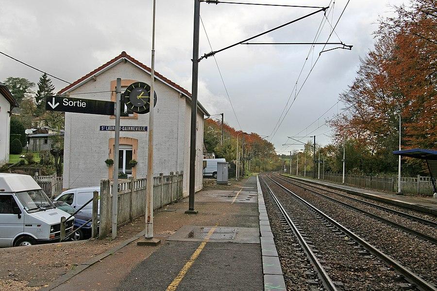 Gare de Saint-Laurent - Gainneville à Saint-Laurent-de-Brèvedent.