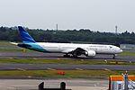 Garuda Indonesia Boeing 777-3U3-ER (PK-GIC-40075-1121) (20594134191).jpg