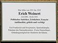 Gedenktafel Kreuznacher Str 34 Erich Weinert.JPG