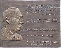 Gedenktafel Walter Baade (1893-1960).jpg