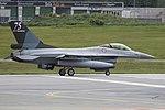 General Dynamics F-16AM '277' (44276177404).jpg