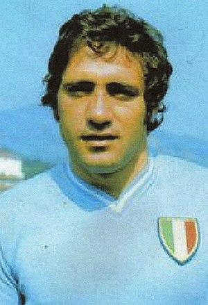 Giorgio Chinaglia - Image: Giorgio Chinaglia 1974 75 2