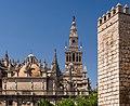 Giralda cathédrale tour Seville Espagne.jpg