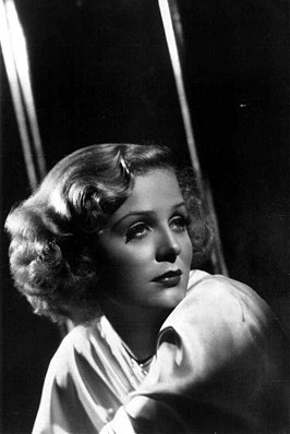 Gloria Stuart in 1937