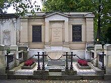 Kaskels Grabmal auf dem Trinitatisfriedhof (Quelle: Wikimedia)