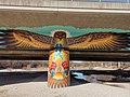 Graffiti Brudermühlbrücke München Isar Adler mit Bolzenschneider.jpg