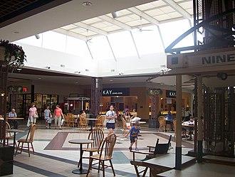 Green Tree Mall - Center Court