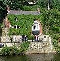 Green house in Knaresborough - panoramio.jpg