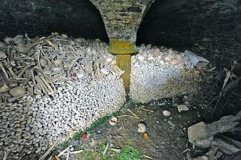 Gurk Pisweg Karner Gebeine im Untergeschoß 03092012 551.jpg