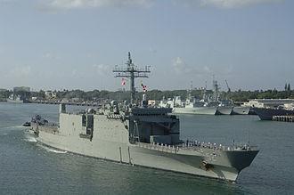 HMAS Manoora (L 52) - HMAS Manoora during 2006