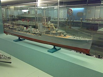 V and W-class destroyer - Image: HMS Veteran model