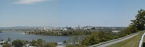 City Island (Pennsylvania) - A panorama of Harrisburg, showing the northern end of City Island
