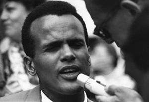 Contemporary folk music - Belafonte speaking at the 1963 Civil Rights March on Washington, D.C