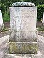 Henrietta Barnett memorial in Hampstead Garden Suburb.jpg