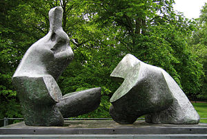 Reclining Figure (Lincoln Center) - Two Piece Reclining Figure No.5 1963-4 at Kenwood House in 2005