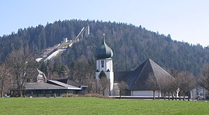 Hinterzarten - Hinterzarten church with the Adlerschanze
