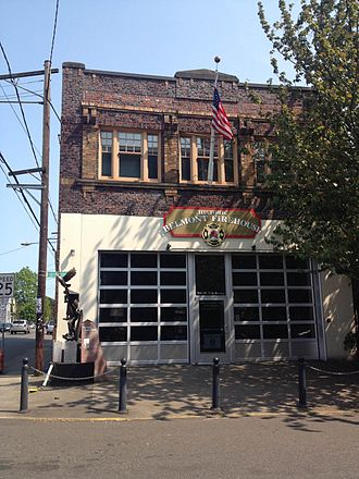 Sunnyside, Portland, Oregon - Historic  Belmont Firehouse