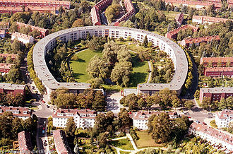 Berlin Modernism Housing Estates - Image: Hufeisensiedlung
