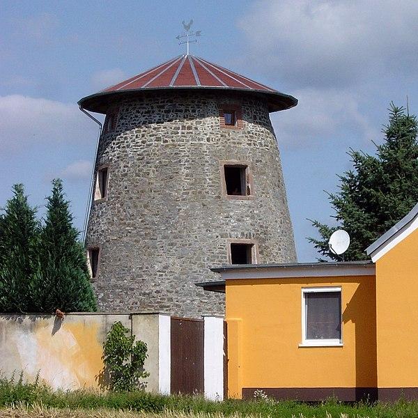File:Hundisburg Windmühle.jpg