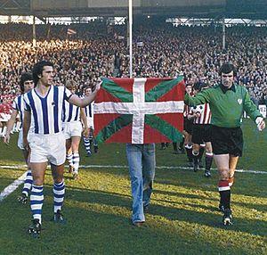 Basque derby - 1976 flag display