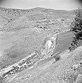 In de omgeving van Jericho. Uitzicht over het dal van de Jabbok rivier, Bestanddeelnr 255-5677.jpg