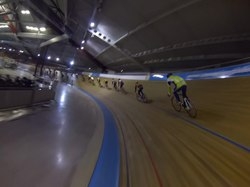 Файл:Indoor cycling on the velodrome of Alkmaar, Netherlands. W. Gopro hero3 black.webm