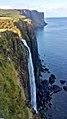 Insel Skye, Kilt Rock Wasserfall (37899904264).jpg