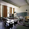 Interieur, overzicht van een klaslokaal - 's-Gravenhage - 20387491 - RCE.jpg