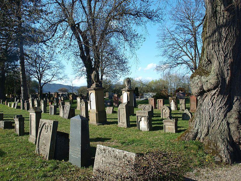 Datei:Jüdischer Friedhof Edenkoben 01.jpg