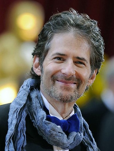 Picture of a band or musician: James Horner