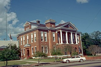 Prentiss, Mississippi - The Jefferson Davis County Courthouse is one of four sites in Prentiss listed on the National Register of Historic Places.