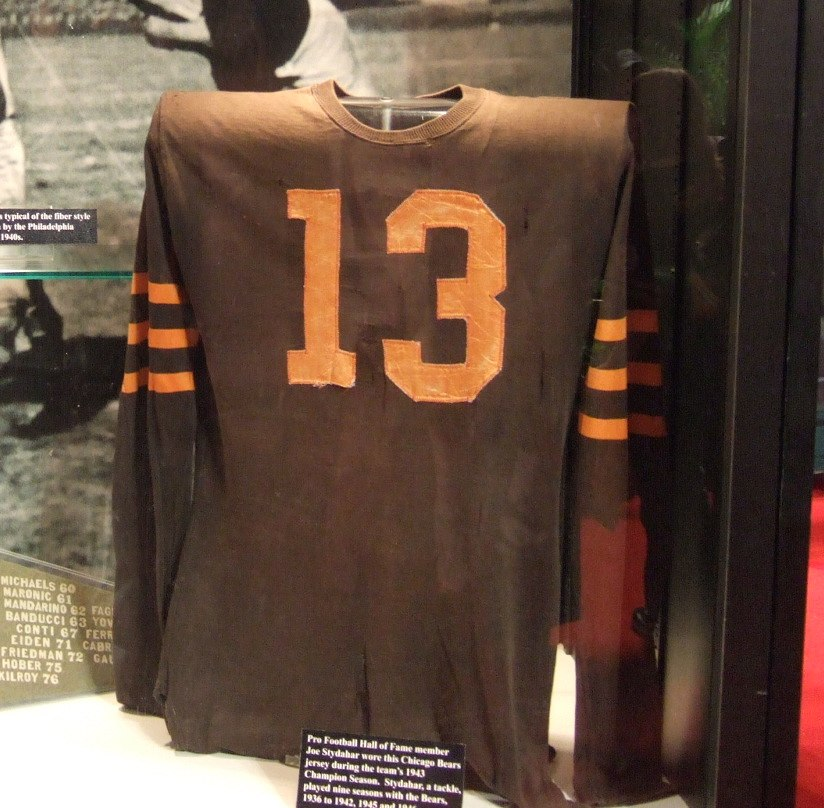 Joe Stydahar 1943 Chicago Bears jersey on display at NFL Experience (3818214195)