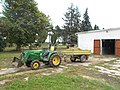 John Deere at the Pannon University, Georgikon riding school in Szendreytelep, 2016 Hungary.jpg