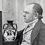 John Doubleday with the Portland Vase