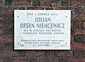 Julian Ursyn Niemcewicz tablica.jpg