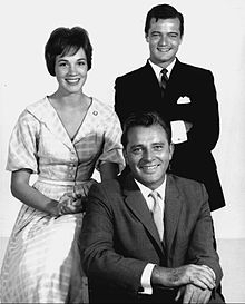 Julie Andrews Robert Goulet Richard Burton Camelot 1960.JPG