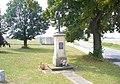 Kříž na rozcestí v jižní části Hořína (Q66565011) 03.jpg