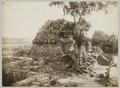 KITLV 12224 - Kassian Céphas - South-east side of the Vishnoetempel of Prambanan near Yogyakarta - 1889-1890.tif