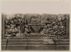 KITLV 40020 - Kassian Céphas - Reliefs on the terrace of the Shiva temple of Prambanan near Yogyakarta - 1889-1890.tif