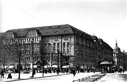 KaDeWe  Landesarchiv Berlin, unknown photographer [Public domain], via Wikimedia Commons
