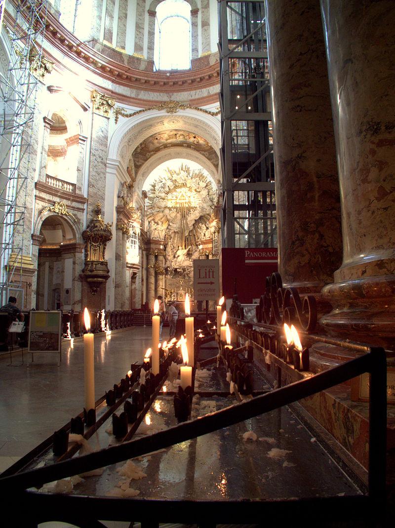 Karlskirche - Wien 061.jpg