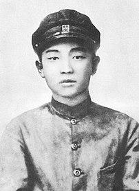 Kim Il-sung in 1927.jpg