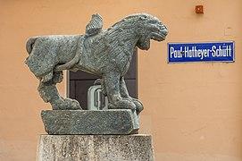 Klagenfurt Innere Stadt Heuplatz Löwen-Skulptur aus Grünschiefer 06092020 7895.jpg