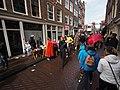 Koningsdag in Amsterdam, Tweede Anjeliersdwarsstraat foto 4.JPG