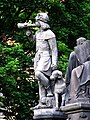 Krannerova kašna, socha trubače se psem.jpg